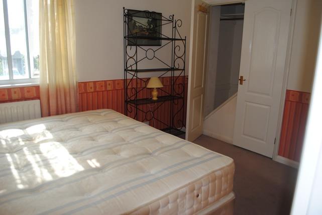 27lr_room1_DSC_0586_med